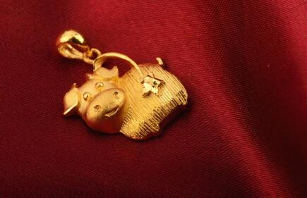 黄金回收价格大概多少钱一克?