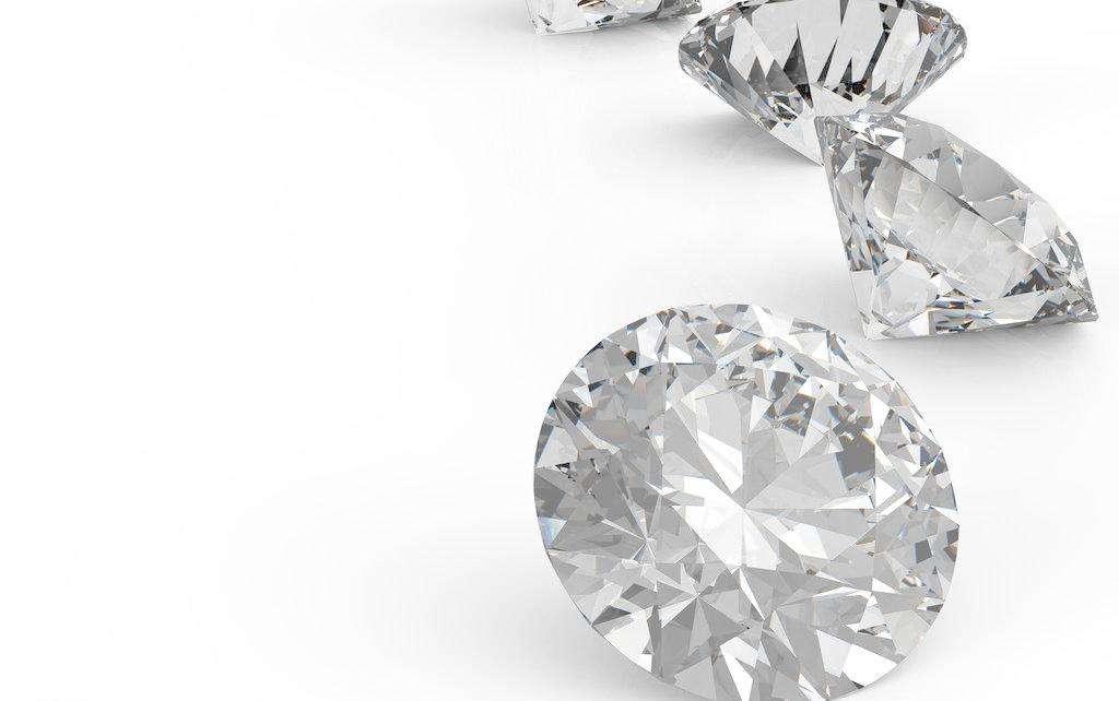 奢侈品保养知识:钻石戒指该怎么进行保养?