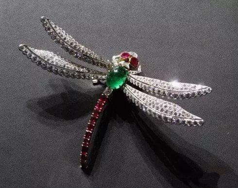 卡地亚cartier:顶级珠宝雕琢技术的呈现
