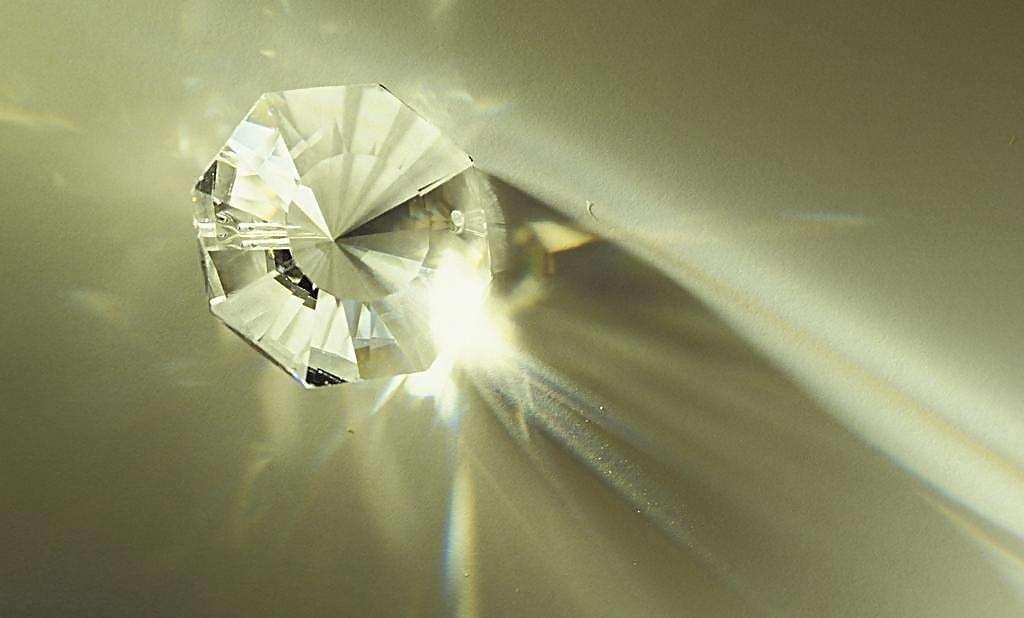 钻石回收价格怎么样?一克拉钻石回收多少钱
