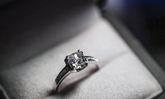 金鑫一般都是几折回收50分钻石?