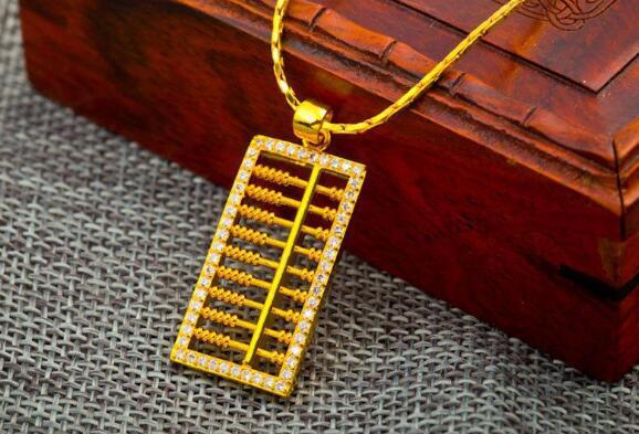 奢侈品回收店一般几折回收二手黄金?