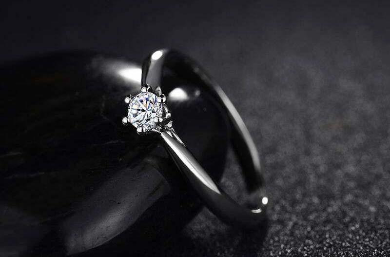 周大生18k金钻石戒指回收是多少?