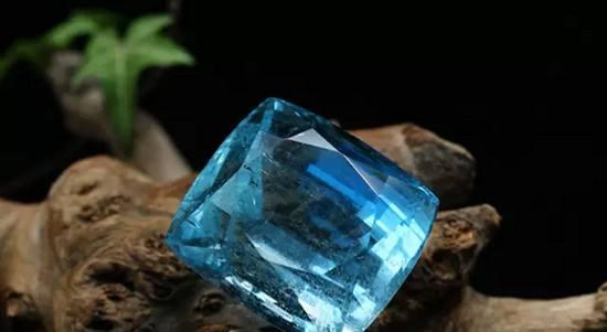 奢侈品钻石回收机构回收海蓝宝石吗?